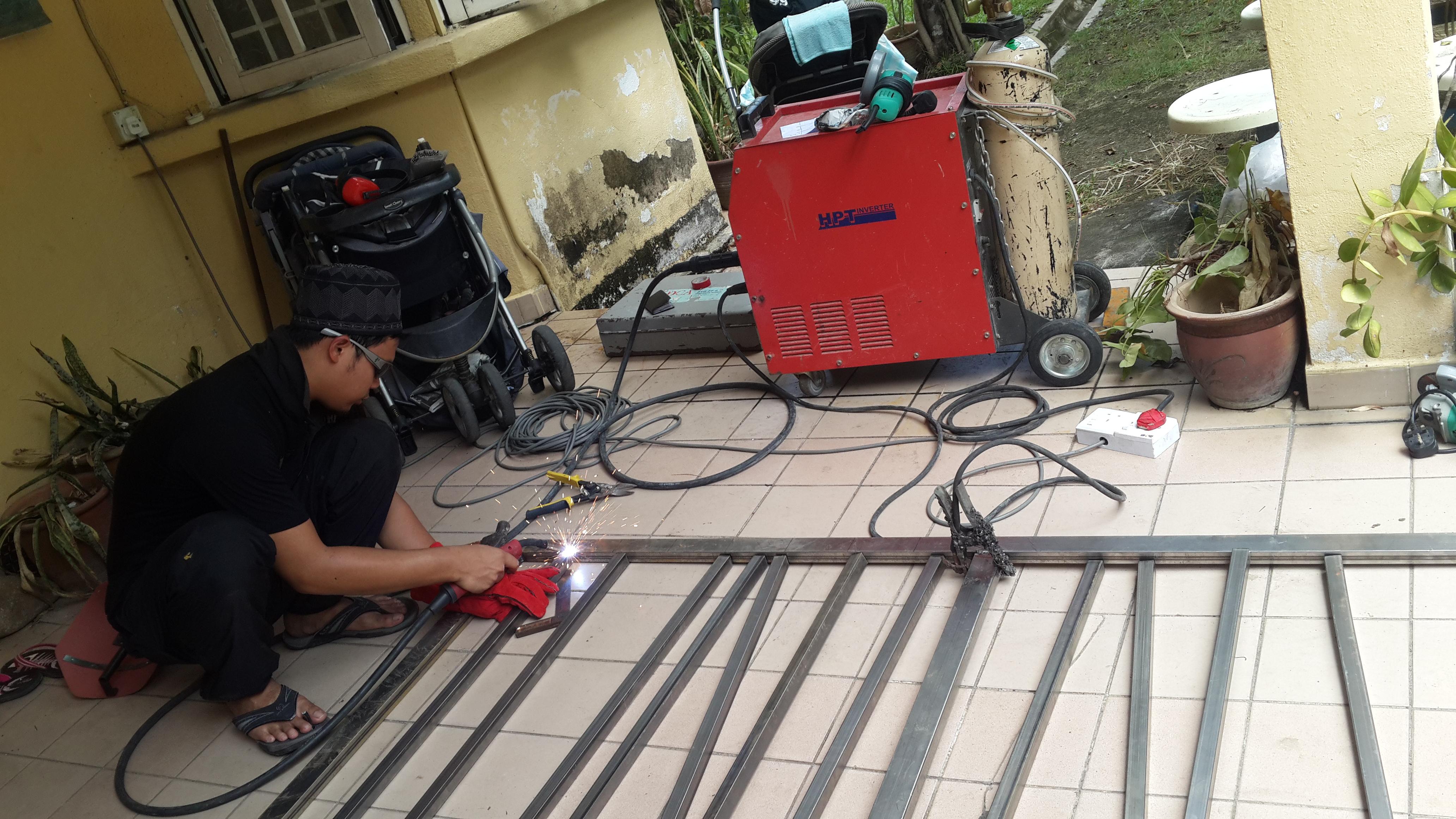 Buat pagar / gate / welding